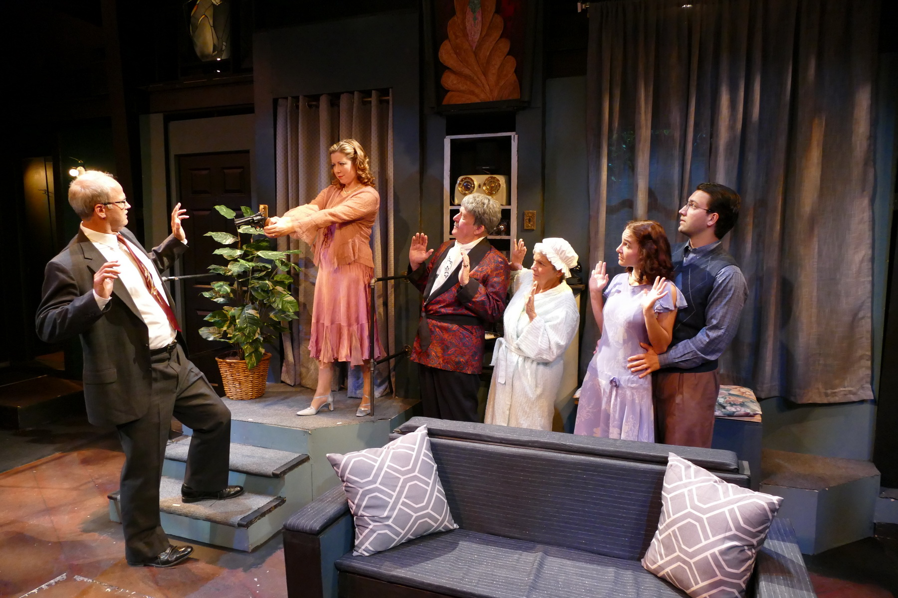 Terry Smith as James Crandall, Debbie Jenkins as Mavis Templeton Hollister, Lou Will as Edgar Hollister, Nancy Allen as Mrs. Lottie Molloy, Caitlin Halstead as Susan Hollister, and Simon